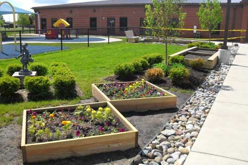 Progettazione e creazione giardini vivaio banfi for Soluzioni giardino